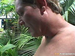 Asian pornstar Avena Lee fucking outdoors