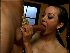 Asian cougar ange venus open asshole
