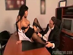 Asian Asa Akira Fucks Her Boss - Porn Access