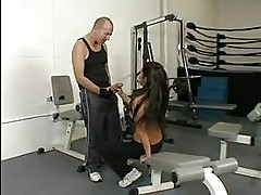 Fit slut Beti Hana sucks and fucks after a hot workout at th...